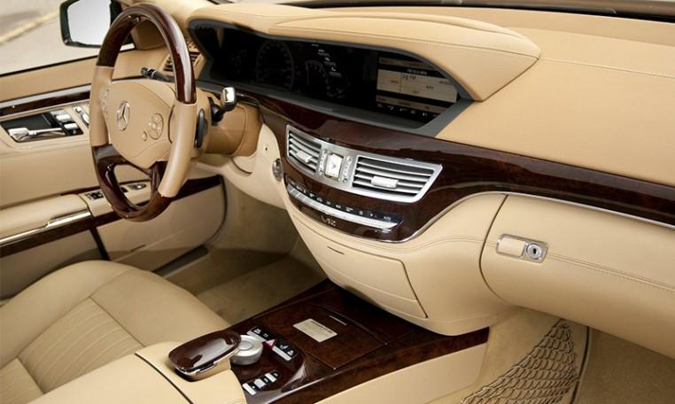Mercedes-s-clas לאירוע