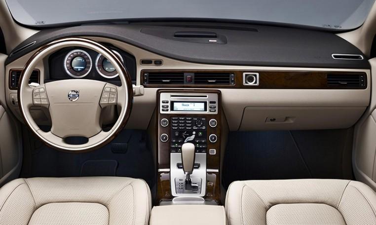 Volvo -S8