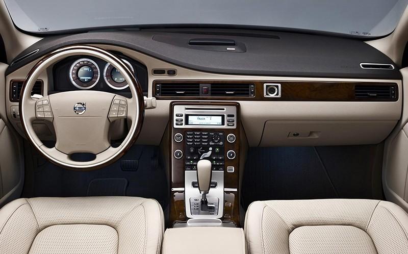 Volvo---S80-2